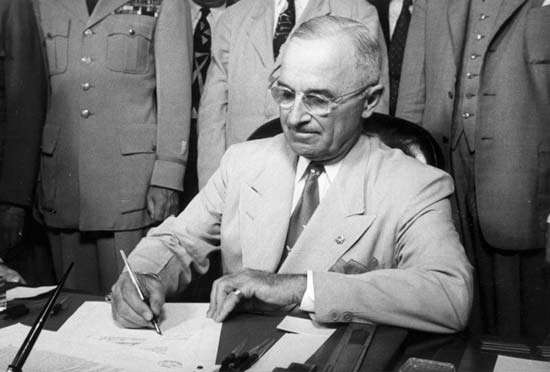 President Truman signs the National Security Act